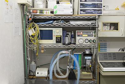 麻酔器・人工呼吸器・呼吸モニター